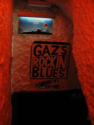 the stairs down to Gaz's Rockin Blues