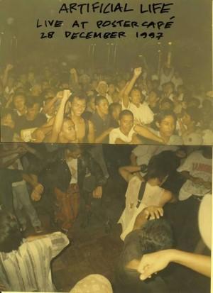 Indonesian ska band Artificial Life, live at Poster Café (1997)